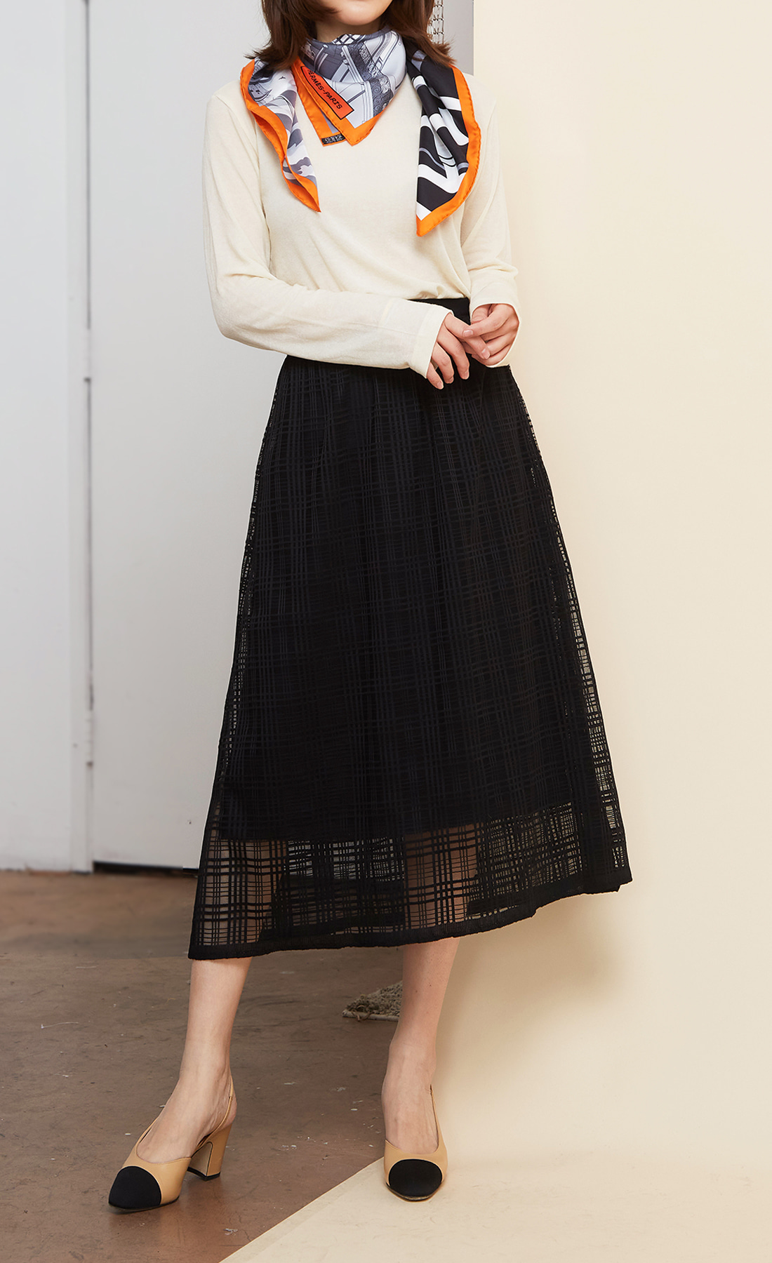 BLACK RASCHEL TULLE SKIRT